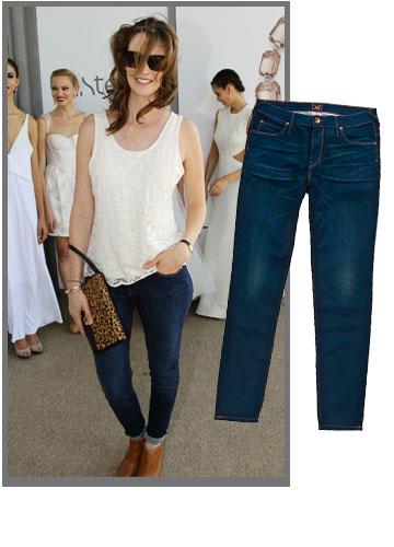 יעל גולדמן פוסט לידה שנייה, משתחלת צ'יק צ'ק לג'ינס של Lee (מחיר: 599 שקל) (צילום: רפי דלויה)