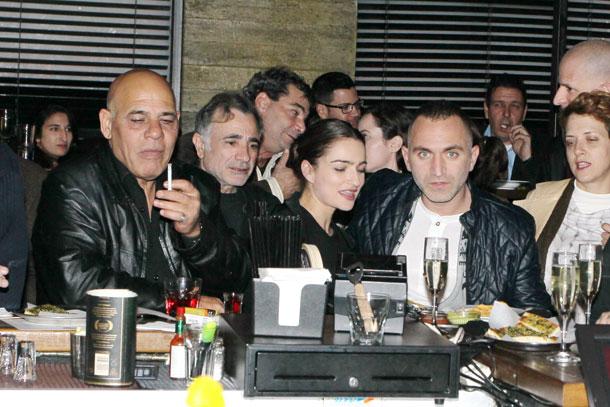 תביאו עוד כוסית. מיכאשווילי (מימין), בוקשטיין, איבגי וגבריאל (צילום: ראובן שניידר)