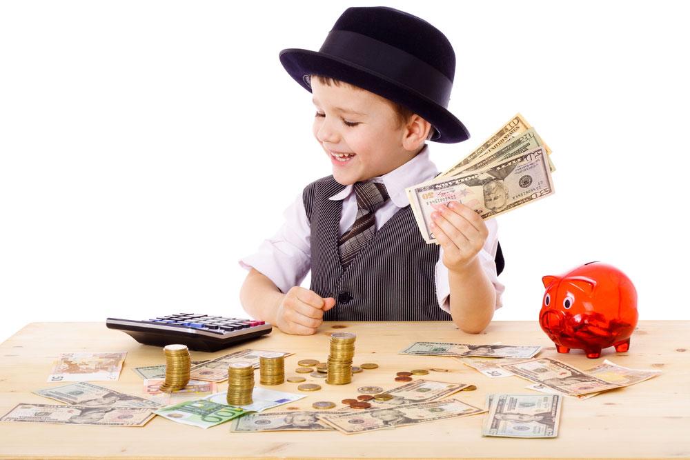 """עמרי אימבר חלפין: """"אני בעד לזרוק עליהם את האחריות הכלכלית כבר בגיל צעיר"""" (צילום: shutterstock)"""