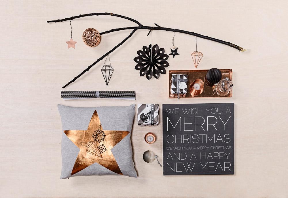 קישוטים לחג המולד בעיצוב סקנדינבי. אפשר ליצור אווירת חג שמתבססת על המוטיבים המסורתיים המוכרים, בלי לוותר על הפשטות והמינימליזם שמאפיינים את הסגנון הצפוני (באדיבות bloomingville)