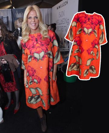 הבלונד של סנדרה רינגלר נראה מדהים בשמלה של iglyandniti (מחיר: 4,330 שקל) (צילום: דודי דיין, גיל כהן)
