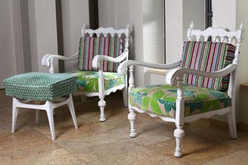 זמן איכות ביחד. הכסאות לאחר השיפוץ (צילום: דן פרץ)