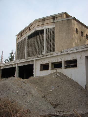 בית קולנוע מרחבים. נטוש ועזוב (צילום: מיכאל יעקבסון)
