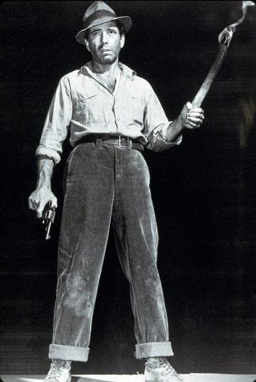 """ב""""האוצר מסיירה מדרה"""", 1948. נבל קשוח וכריזמטי (צילום: REX/א.ס.א.פ קראייטיב)"""