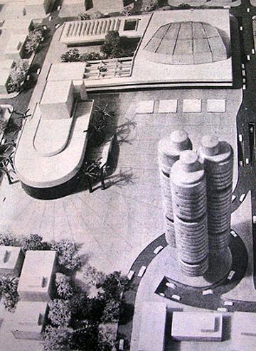הצעה לחפירת מערכת כבישים וחניון בכיכר, במימון הפשרת קרקע עירונית ובנייה של 140 דירות יוקרה במגדלים. אדריכל לא ידוע, 1982 (באדיבות ארכיון אדריכלות ישראל)