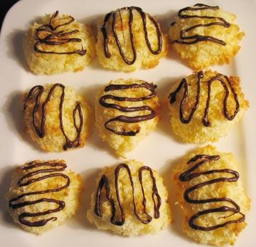 """לא עדיף מעוגיות כשל""""פ שגם האל הטוב לא יודע מה שמו בתוכן? (צילום: בישול בזול)"""