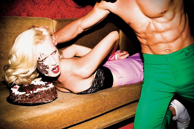 הקמפיין של קניון ארנה. אות הקלון לפרסומת הסקסיסטית לשנת 2010 (צילום: עידו איז'ק )