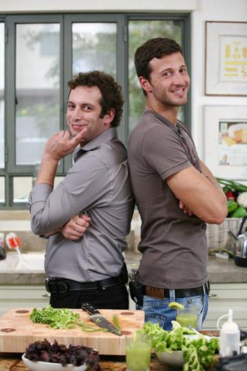 מייקל לואיס (מימין) וטלכו. דואגים גם לבריאות הנפש (צילום: קובי בכר)