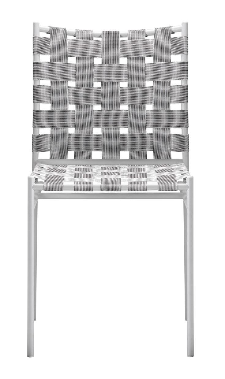 ג'ספר מוריסון עם כיסא טליאטלה. ציטוטים מכיסא הספגטי של אליאס. במבט ראשון הוא נראה פשוט, אולי פשוט מדי. המבטים הנוספים מעוררים התפעלות