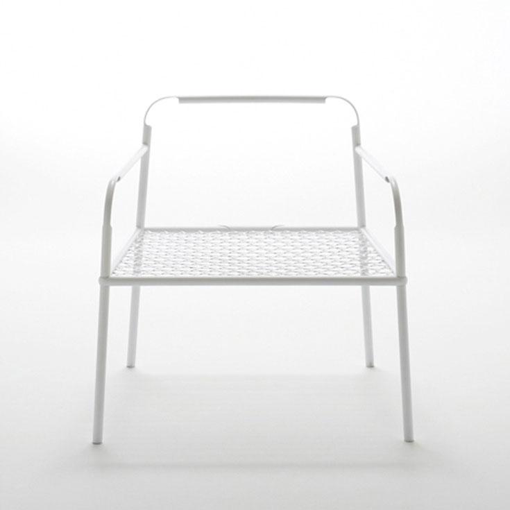 הכיסא של ננדו, בתערוכה הטאיוונית. שימוש מקסים בטכנולוגיה של במבוק עבור כיסא מתכת (צילום:  dezin,  Masayuki Hayashi)