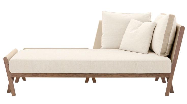 הספה של הרמס. קולקציה מאכזבת, הספה מתבלטת בזכות האלגנטיות והקלילות. גם היא חוזרת לפשטות מודרניסטית