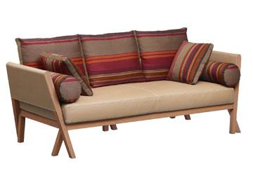 הספה של ''הרמס''. עוד הפתעות במילאנו - בקישור המצורף