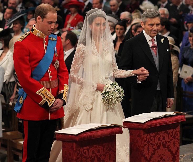 ''כן, מותק, גם את תהיי מלכה יום אחד. למרות שיש לי הרגשה שאליזבת עוד תקבור את כולנו'' (צילום: gettyimages)