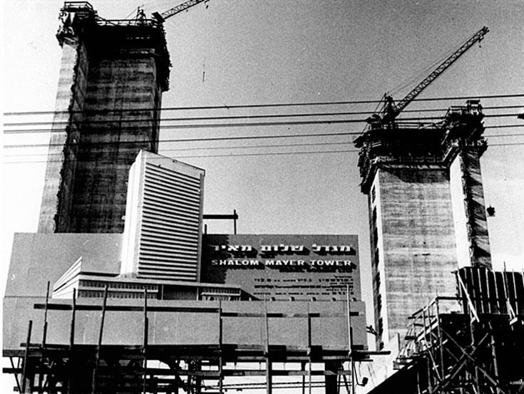 מגדל שלום בבנייה. שינוי קיצוני בתרבות התכנון המקומית (צילום: באדיבות חברת כיכר הרצל)