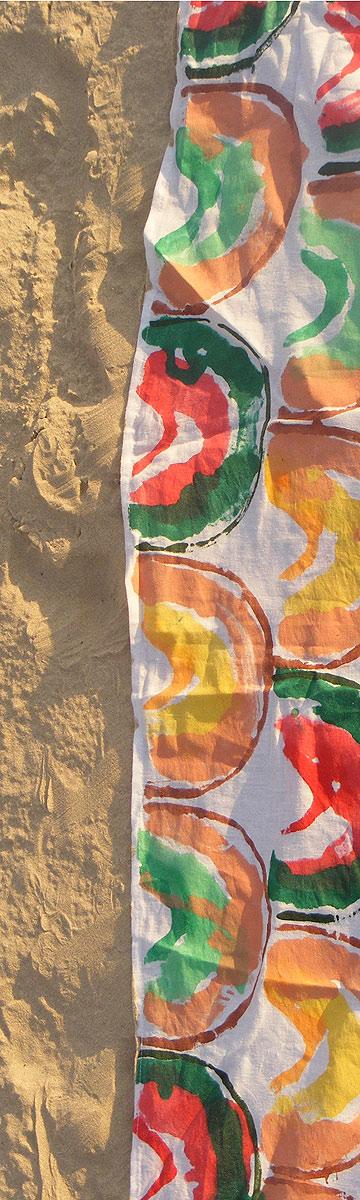 שמיכת קיץ לים של דקלה בן ארי, המחלקה לעיצוב טקסטיל, שנקר. האבטיח והמלון כבר בפנים (צילום: דקלה בן ארי)