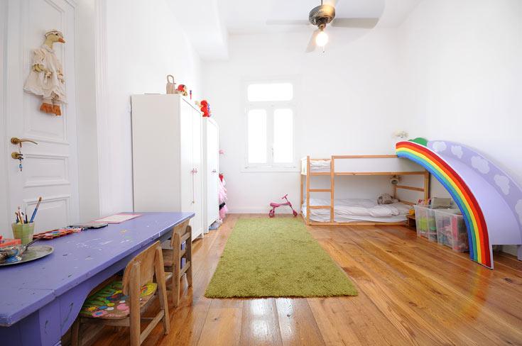 אחד מחדרי הילדות (צילום: נעמה כנפו, סטודיו Architype)