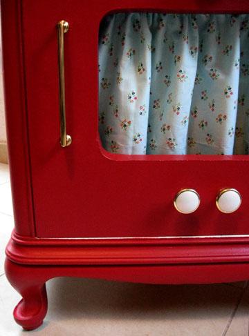 ידיות, וילונות, כפתורים. החלק הכי כיף, לדברי ענבר (צילום: ענבר וייס )