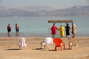 חוף עין גדי. מים מרוכזים יוכנסו לים המלח (צילום: עמית שאבי )