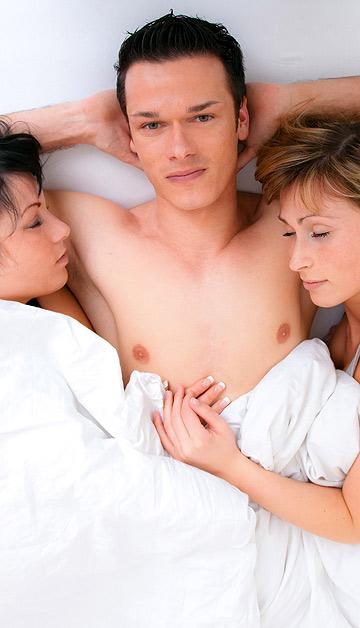 הוא תמיד יישמח לצרף את החברה שלך למיטה (צילום: שאטרסטוק)