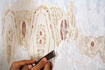 ציורי קיר שנחשפו במקרה לקראת פתיחת מסעדה חדשה (צילום: טל ניסים)