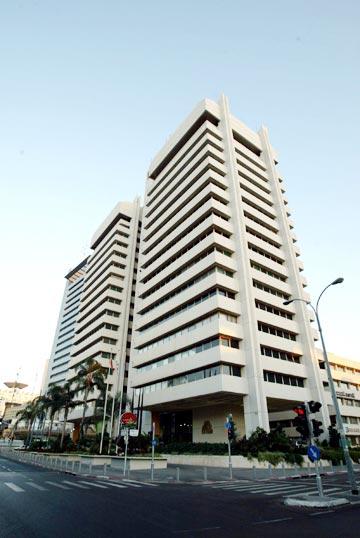 בית אמות משפט, תל אביב (מיכאל קרמר   )