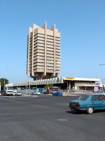 התחנה המרכזית חיפה (צילום: מיכאל יעקובסון )