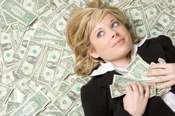 מה עושים עם כל כך הרבה כסף? (צילום: Jason Stitt/shutterstock)