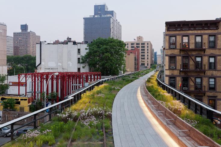 הפרויקט האהוב ביותר במנהטן, כנראה: שלב ב' של Highline, שימור המסילה העילית במערב האי. הבחירה של אירית אקסלרוד (צילום: ©Iwan Baan, 2011)