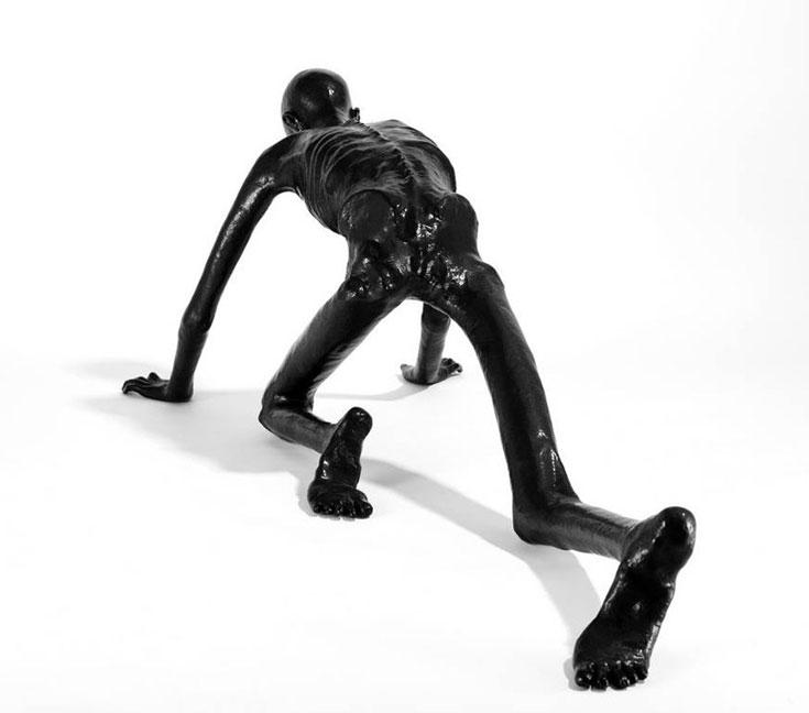 ''ספסל'' של אטלייה ואן ליסהאוט, ההולנדי. אחת העבודות המטלטלות ביריד (צילום: James Harris)
