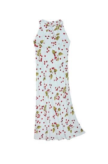 שמלת דובדבנים של Vanity. ''מושלמת לטריני'' (צילום: טל טרי)