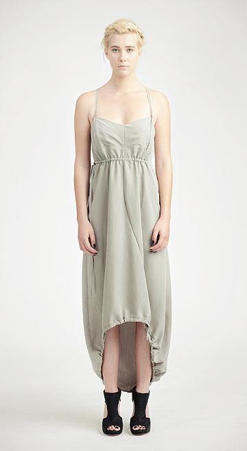 גוסטה. 25 אחוז הנחה על השמלות (צילום: יוני פז)