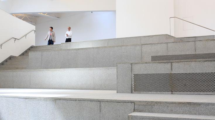 המוזיאון בנאנג'ינג. סימן ההיכר של סטיבן הול הוא שילוב מתוחכם של אור וחלל (באדיבות קבוצת 'נגב')