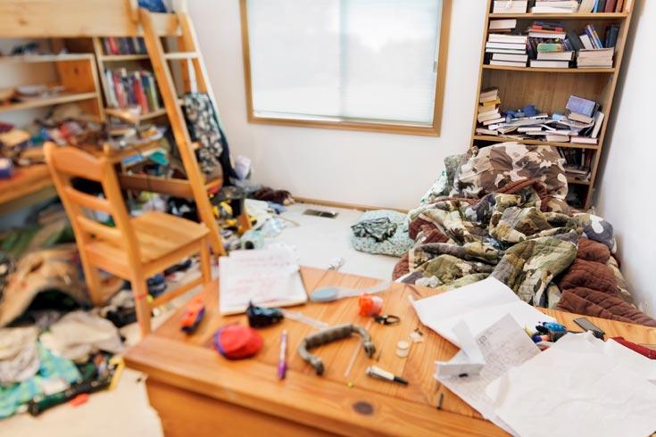 כך נראים כל החדרים בבית? הגיע הזמן לסדר, לארגן ולזרוק או לתרום את מה שלא צריך (צילום: shutterstock)