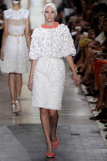 ג'יאמבטיסטה ואלי. מלהיטי שבוע האופנה (צילום: gettyimages)
