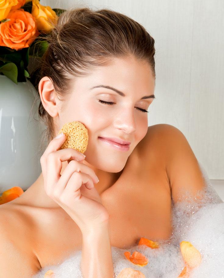המחווה שכולם חולמים לקבל. אמבטיה חמה (בלי בחורה בתוכה, כן?) (צילום:  shutterstock)