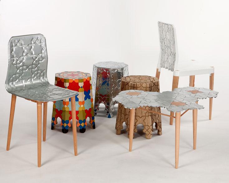 הפרויקט של מיכאל צינזובסקי: סדרת רהיטים מפח מגלוון ועץ, עם חריטות ודוגמאות ששואבות השראה מהתרבות ומהמרחב המקומיים (צילום: עודד אנטמן )