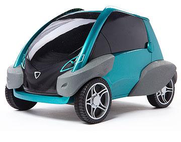 המכונית החשמלית של איילת פישמן: עטופה חומר בולם זעזועים, להגנה מפגיעות בתמרוני החנייה בעיר (צילום: עודד אנטמן )