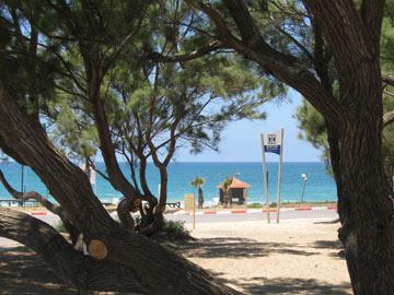 חלון לים התיכון (צילום: אריאלה אפללו)