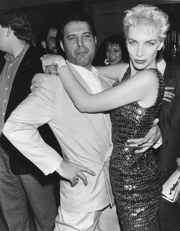 עם פרדי מרקורי, 1987 (צילום: gettyimages)