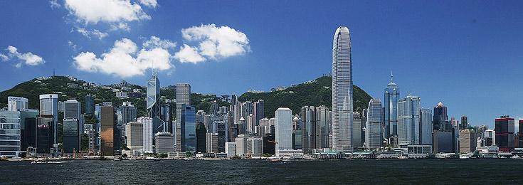 הונג קונג. החוויה העירונית של הולך הרגל היא גם אנכית (צילום: gettyimages imagebank)
