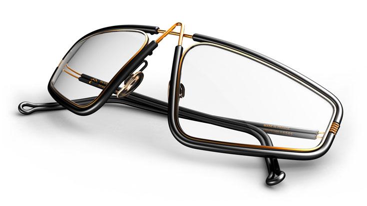 למשקפיים אין צירים, והידיות מעוצבות עם כיפוף. כאשר מורידים אותם מהפנים, הם נסגרים אוטומטית