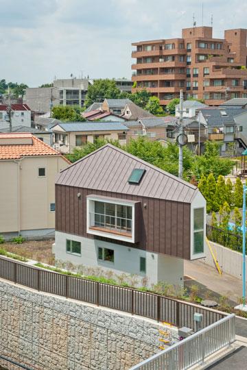 האדריכל ממליץ לתכנן חדרים ללא מחיצות (צילום: Hiroshi Tanigawa)