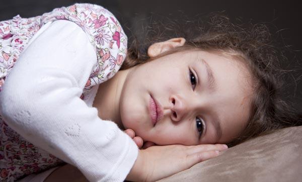 האם אתם יודעים לכמה שעות שינה היא זקוקה כדי לתפקד? (צילום: shutterstock)