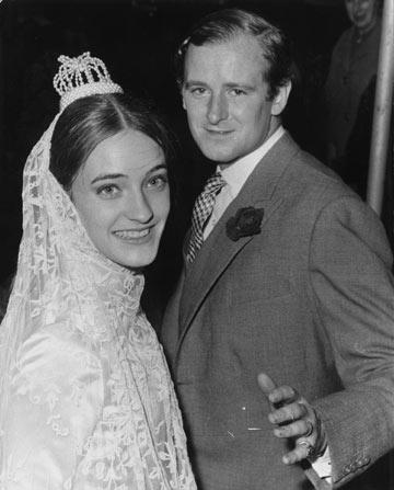 לולו דה לה פאלז בחתונתה עם דזמונד פיצג'רלד, 1966. שילוב בין אריסטוקרטיה בריטית לחוצפה צרפתית (צילום: gettyimages)
