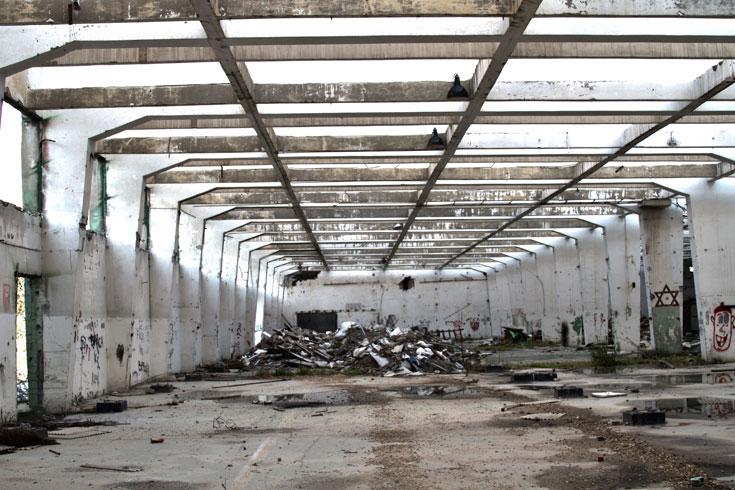 זיכרונות מהבסיס: 40 שנה ציפו כאן מתכות לכלי רכב צבאיים ללא תשתית הולמת (צילום: יניב ברמן)