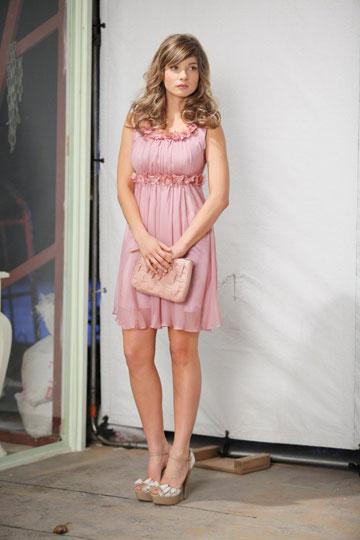 עדי הימלבלוי. תדגמן פריטים של פרידה ראובני לבוניטה בתצוגת האופנה של איגי (צילום: רפי דלויה)