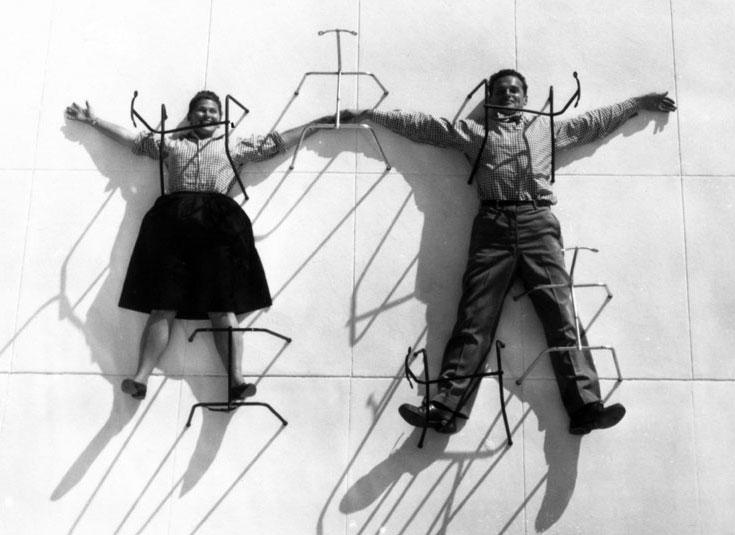 צ'ארלס וריי אימס. לפני שהקימו את סטודיו העיצוב המצליח שלהם, ניהלו בית ספר לליצנות (צילום: @vitra)