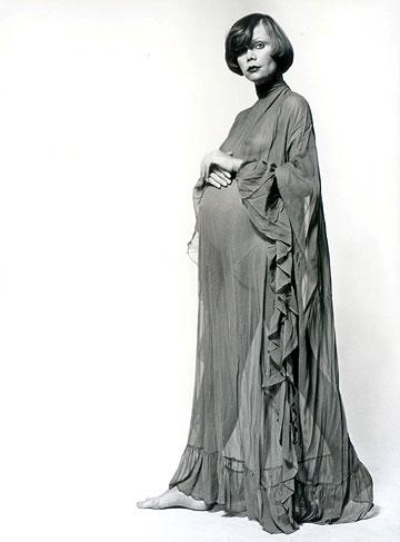 """""""כולם אמרו שאני מרעיבה את הילד"""". קארין בהיריון (צילום: סמי בן גד)"""