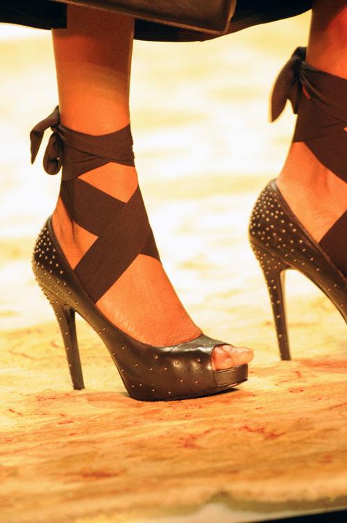 אלה דווקא הנעליים הטובות (צילום: דלית שחם)