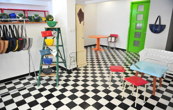 החנות החדשה של ''מדוזה'', בדיזנגוף בחצר. אווירה ביתית וסדנה יצירתית יחד (צילום: עומר מסינגר)
